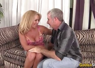 The boss fucks with a pretty lusty wife