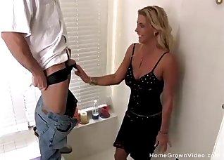 Seduced MILF gives a professional blowjob