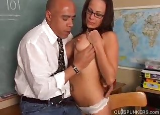 The bald lover gives cunnilingus for a hot doll