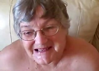 Old lady swallows the load after sex
